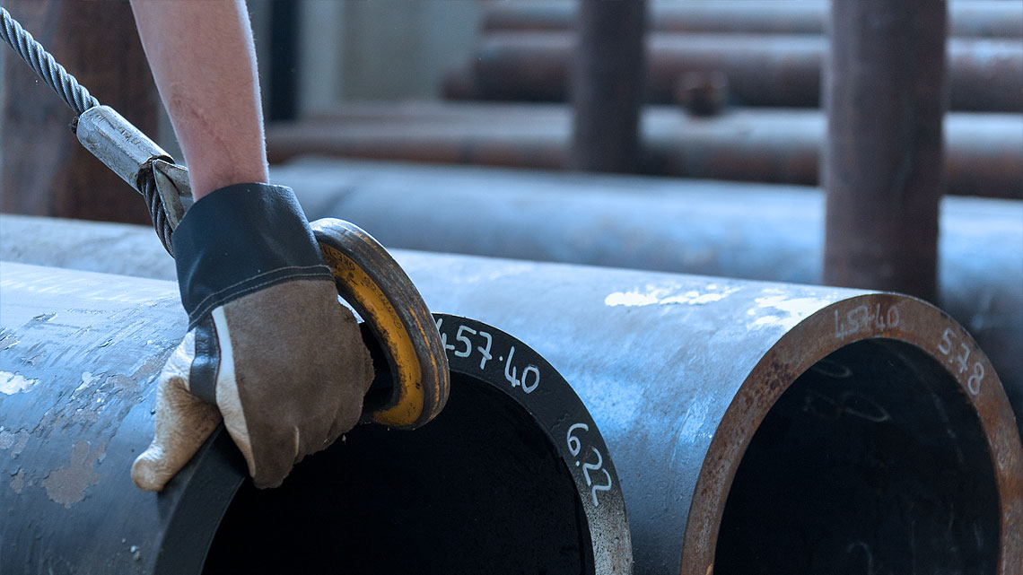Steeltrade-Tubi-in-acciaio-inox-e-carbonio-per-impianti-industriali
