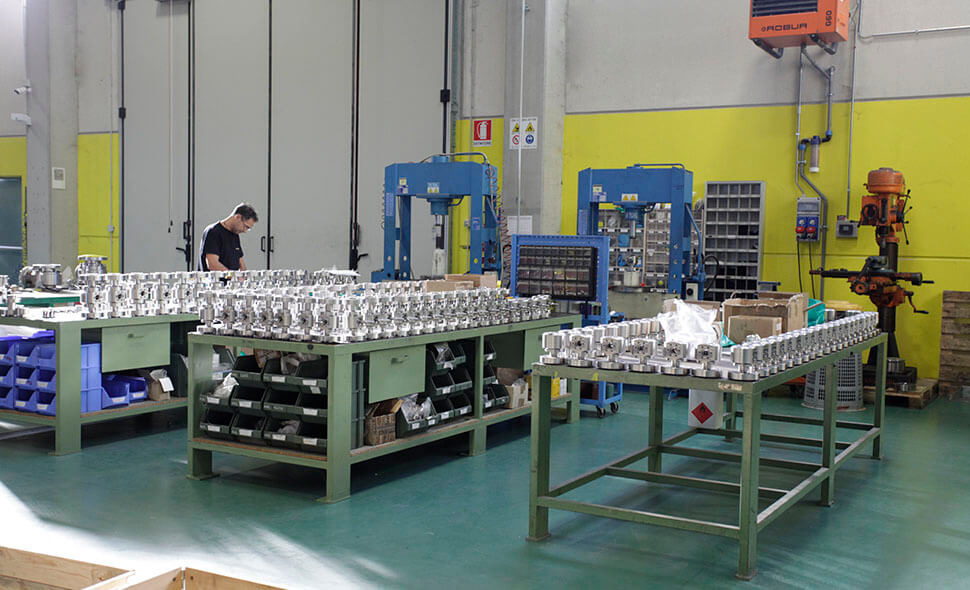 qualita-certificata-steeltrade