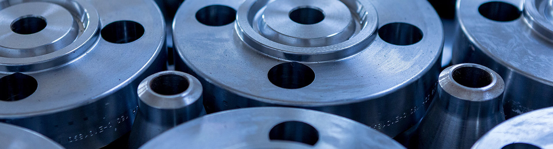 Steeltrade-flange-in-acciaio2