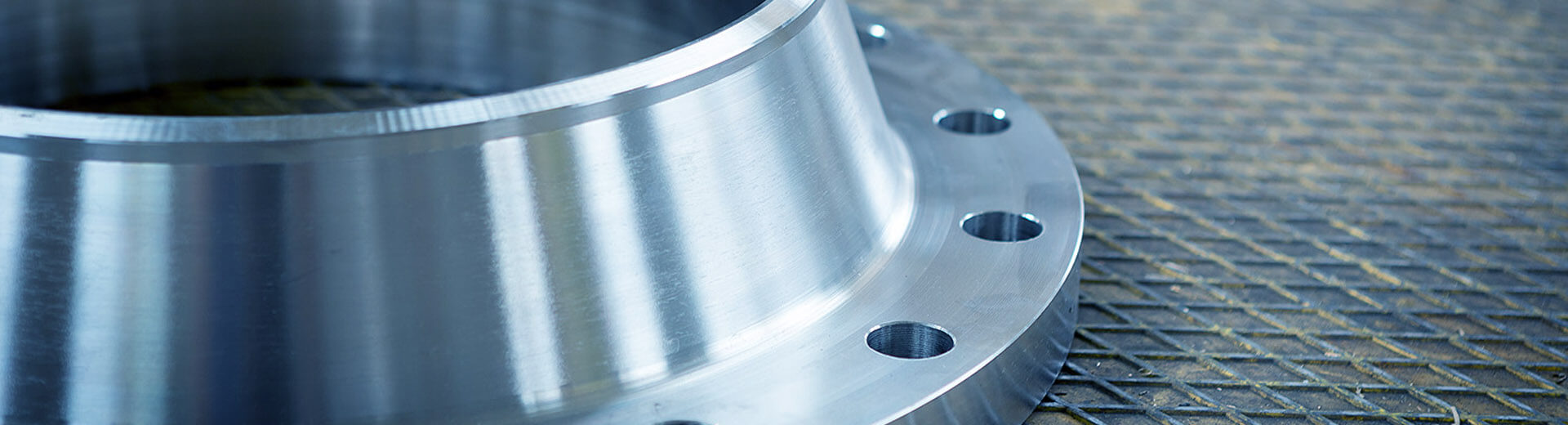 Steeltrade-flange-in-acciaio3
